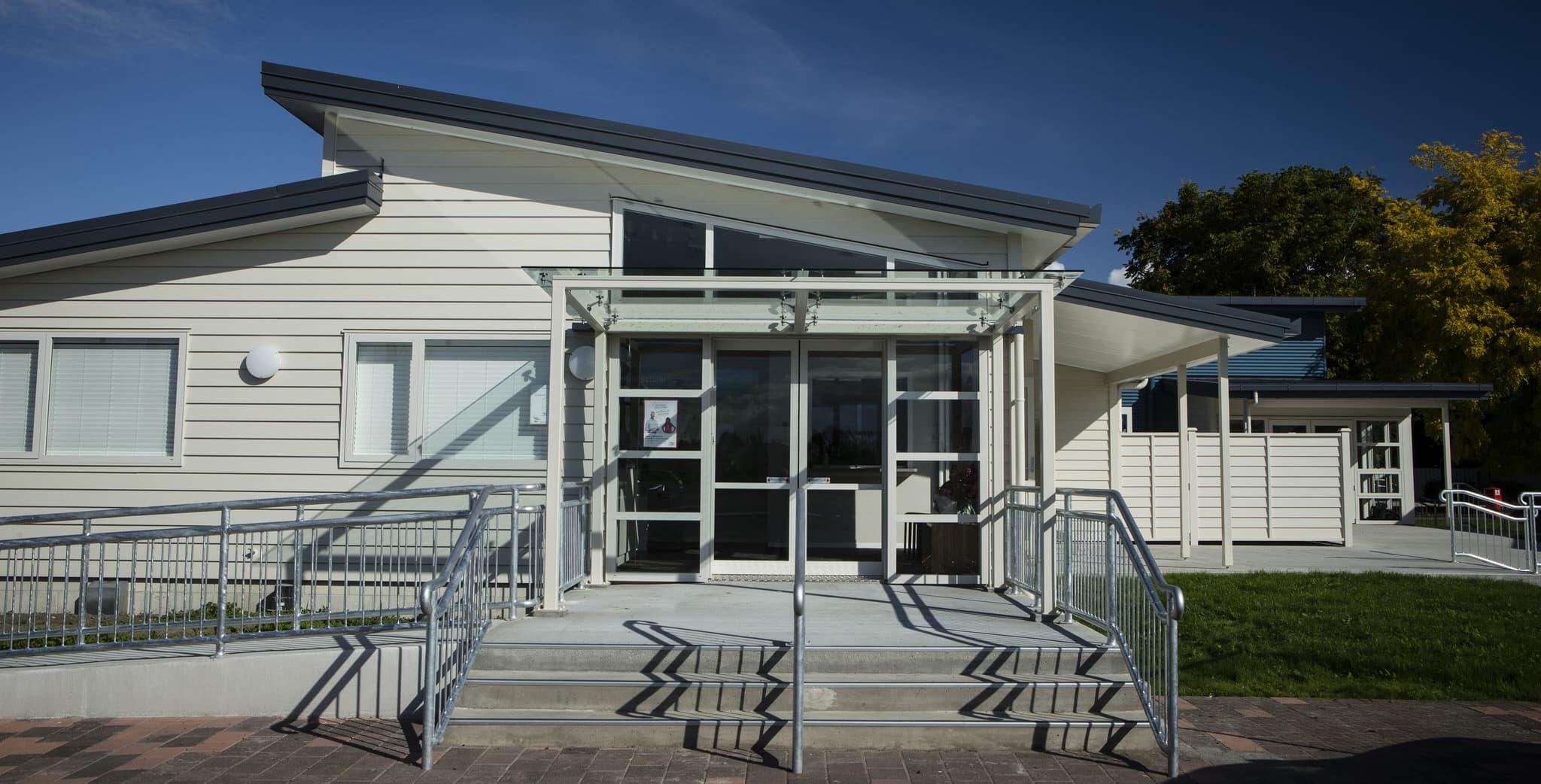 Henry Hill School - Exterior 1