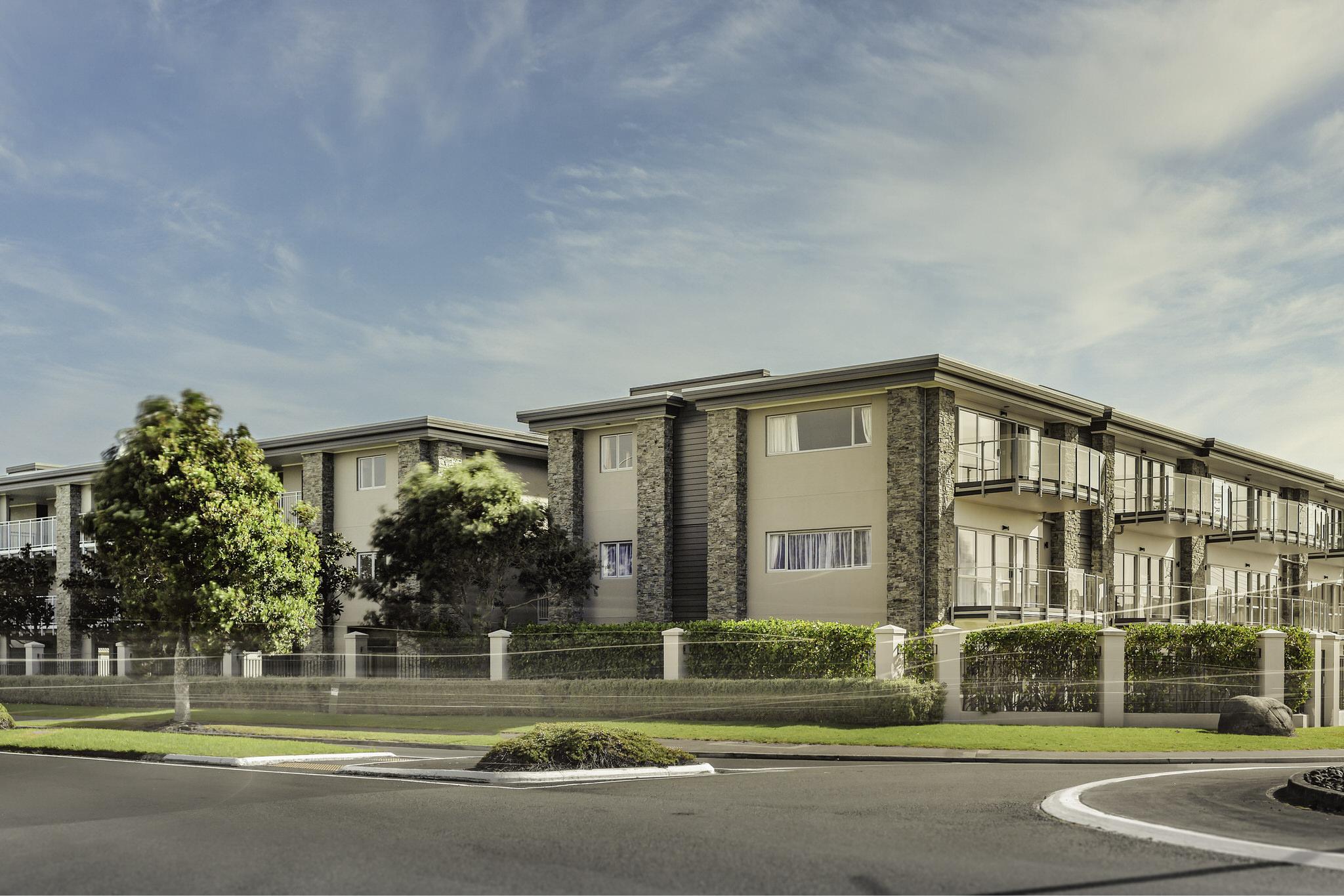 Orewa Grand Apartments